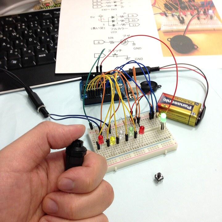 反応速度測定器-スイッチのプラグ・ジャック化